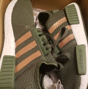 Adidas Nmd R W Green And Rose Gold